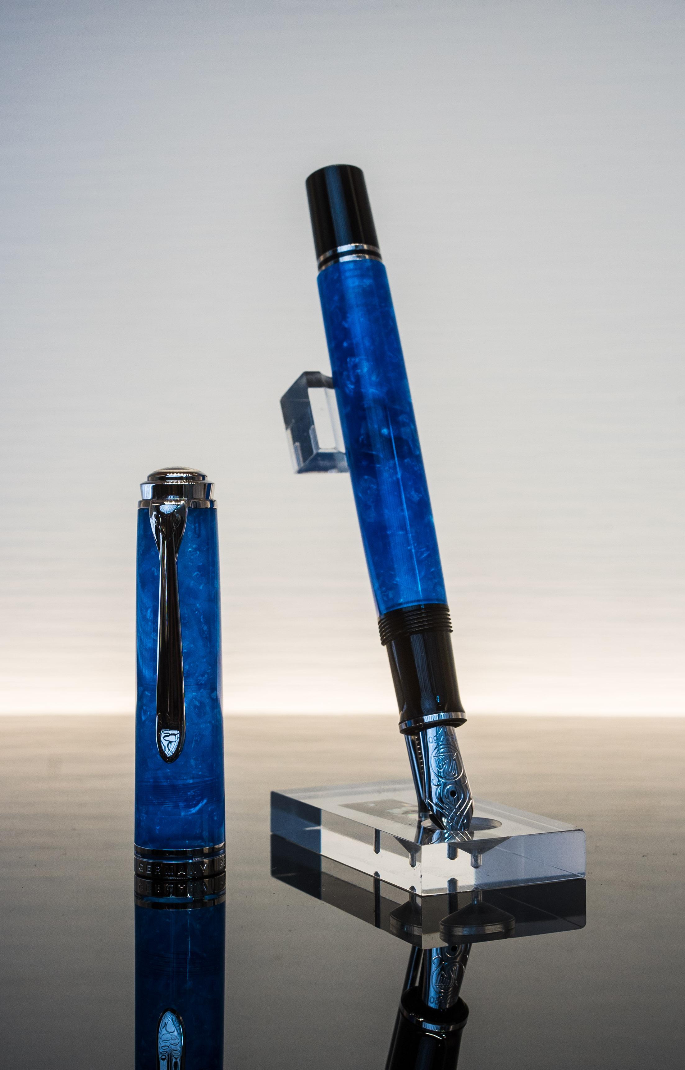 Pelikan M805 Vibrant Blue