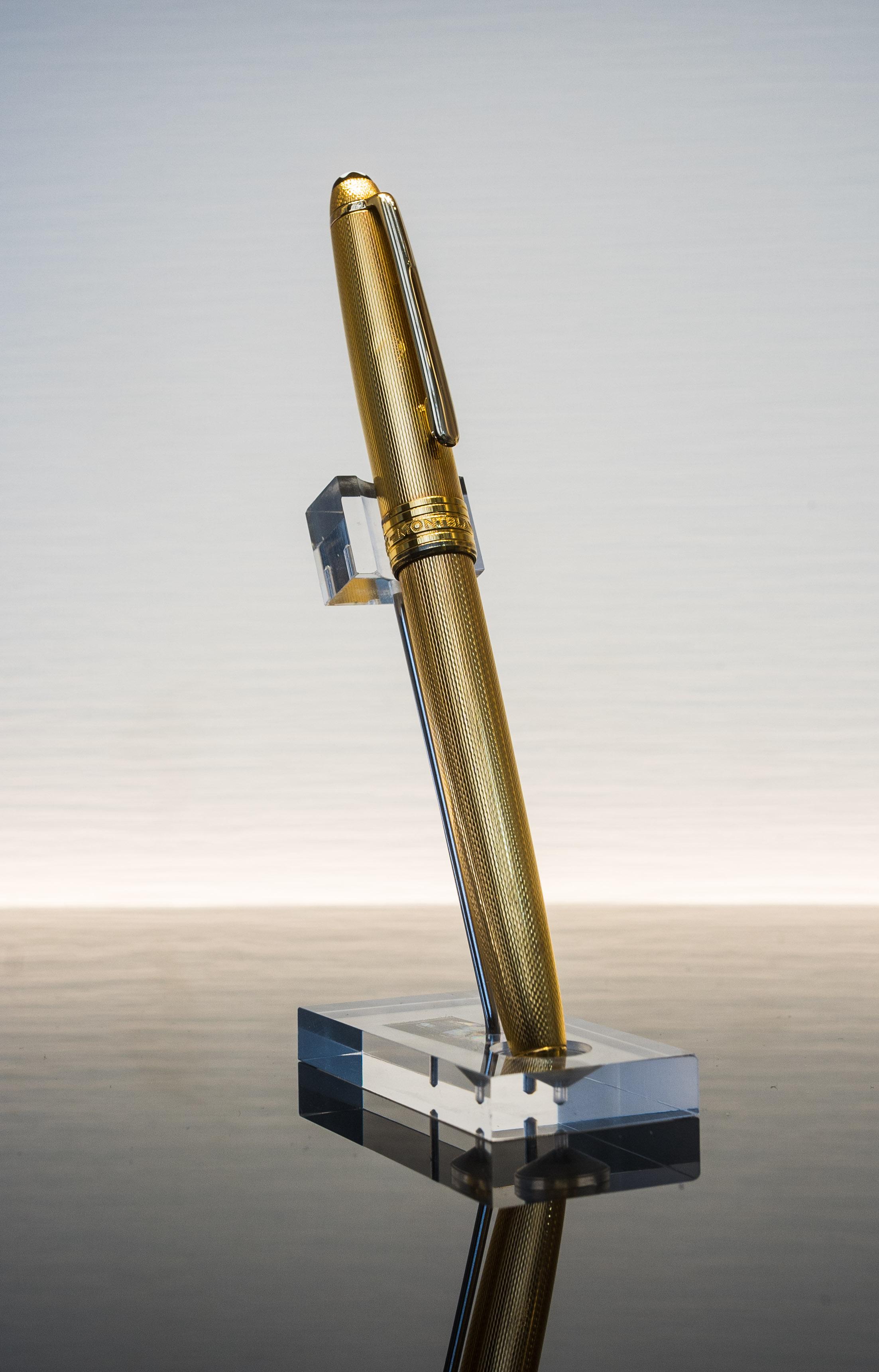 Montblanc Meisterstück Füllfederhalter Gold